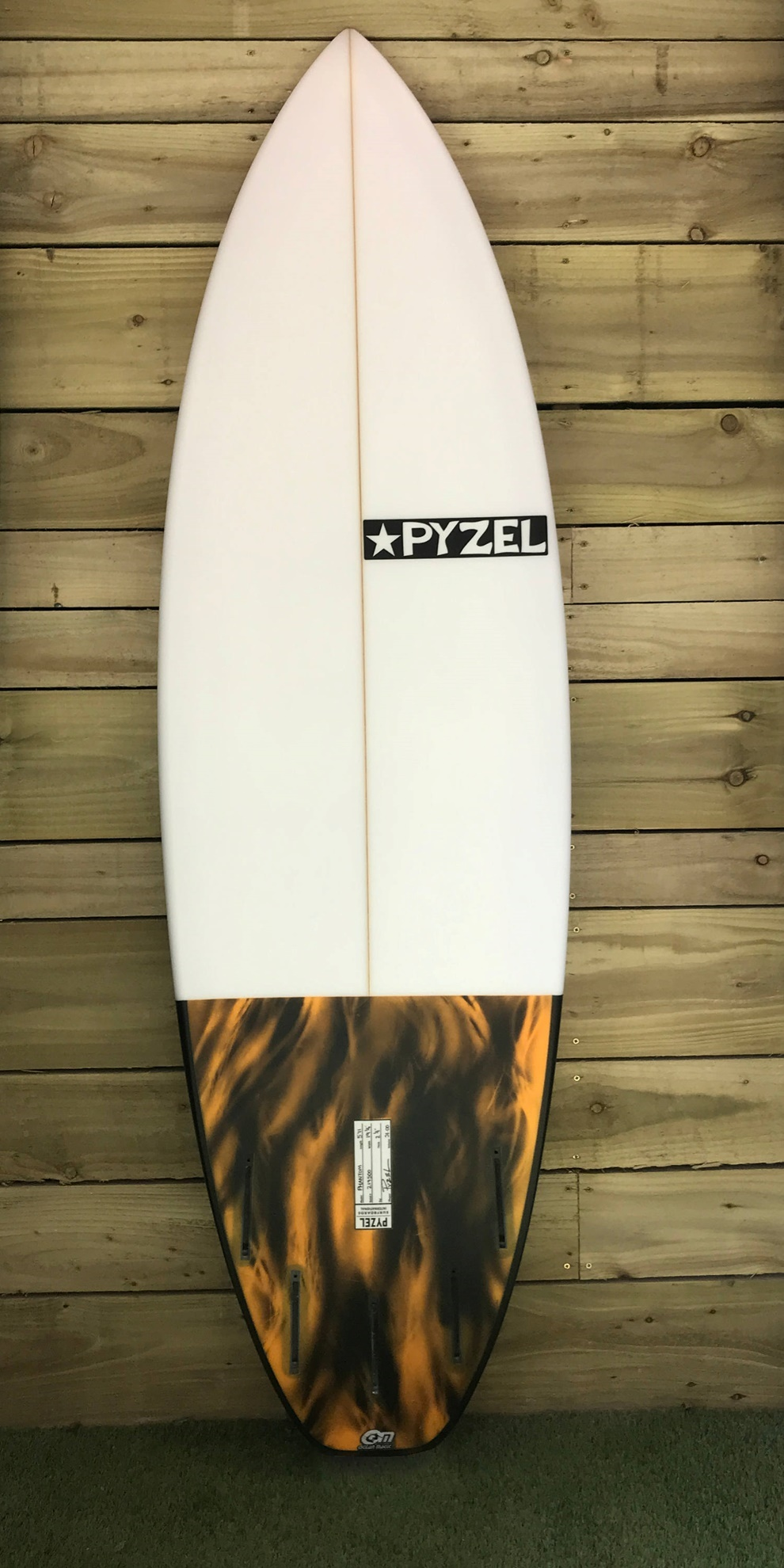 Picture of Pyzel Phantom 5'11''
